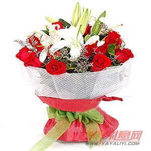 订花12朵红玫瑰2枝多头白香水百合