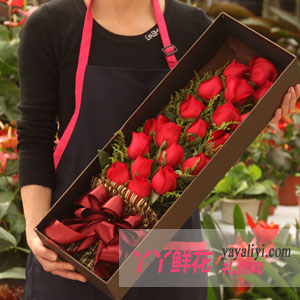 一见钟情 - 鲜花速递19朵红玫瑰礼盒