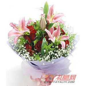 11朵红玫瑰3朵多头粉色香水百合