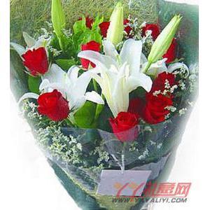 11朵红玫瑰2枝多头白色香水百合
