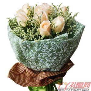 鲜花11枝香槟玫瑰