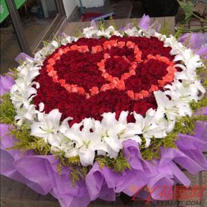 365朵玫瑰36朵白香水百合鲜花速递