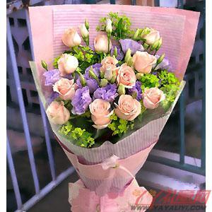 鲜花12枝戴安娜玫瑰8枝紫桔梗