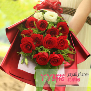 鲜花11支红玫瑰洋桔梗