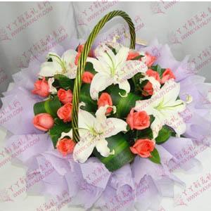 鲜花19支粉玫瑰5支百合小花篮(今生只为你)