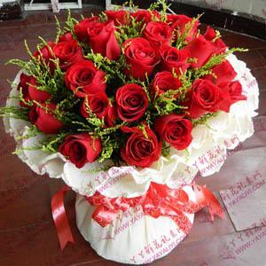 鲜花速递33支昆明A级红玫瑰