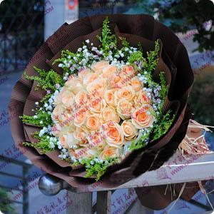 鲜花速递19支香槟玫瑰
