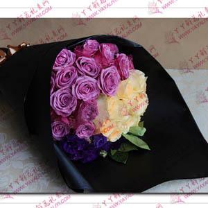 36支香槟玫瑰紫玫瑰混搭花束