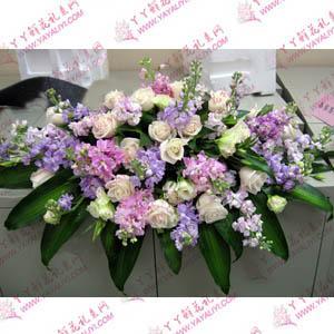 白玫瑰紫罗兰台花桌花