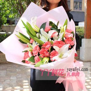 感恩的心 - 19支粉色康乃馨6枝白百合