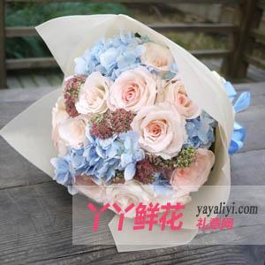 19支粉玫瑰配绣球港式花束