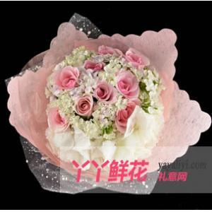 鲜花11支戴安娜粉玫瑰配绣球