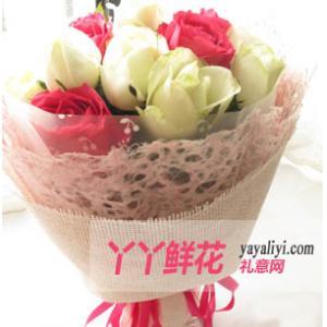 鲜花速递网22枝桃红玫瑰白玫瑰