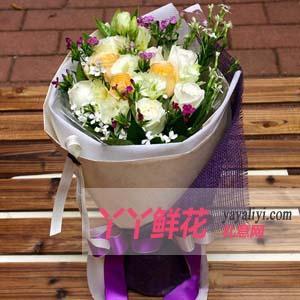 鲜花16枝香槟玫瑰(小精灵)