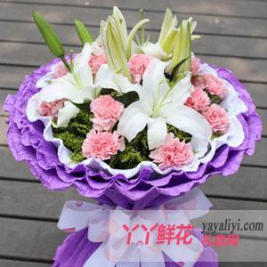 11朵粉色康乃馨2只百合(母爱之花)