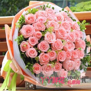 鲜花速递33朵粉玫瑰(粉粉爱你)