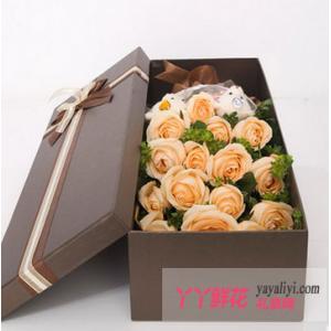 19朵香槟玫瑰2只小熊鲜花礼盒