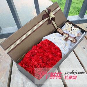 21朵红色康乃馨礼盒2只小熊
