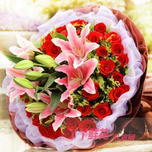 33朵红玫瑰6朵粉色百合