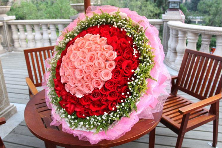 99朵玫瑰求婚表白道歉鲜花实拍图