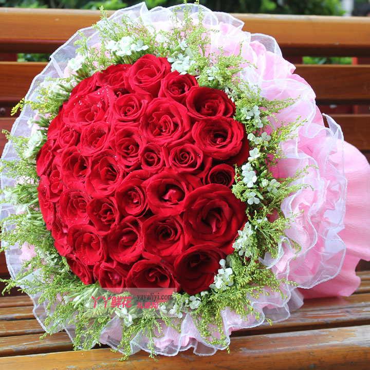 鲜花33朵红玫瑰(爱的天空)细节图