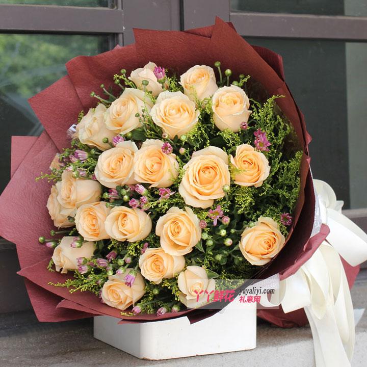 鲜花19枝香槟玫瑰(容颜永驻)大图欣赏