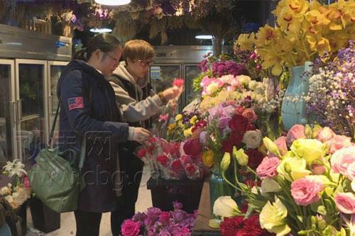 妇女节花店生意俏 鲜花销量赶超情人节